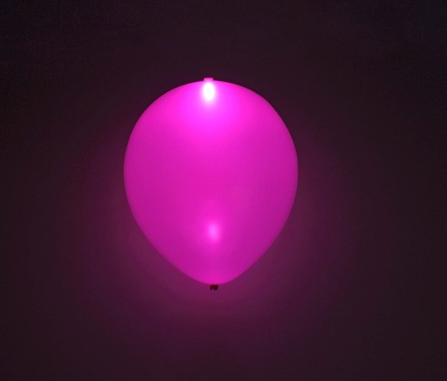 GLOBO LATEX CON LED ROSA