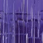 Cortina de flecos metálicos en morado - 2,4m
