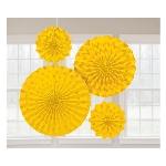 Rosetones de papel decorativos brillantes en amarillo