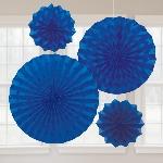 Rosetones de papel decorativos brillantes en azul fuerte
