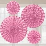 Rosetones de papel decorativos en rosa